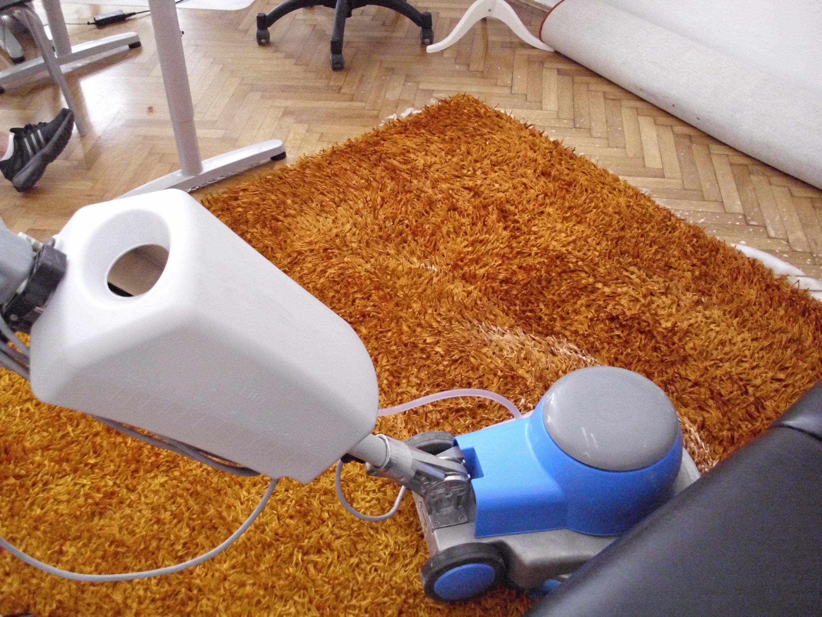 Strojové čistenie, tepovanie kobercov Bratislava